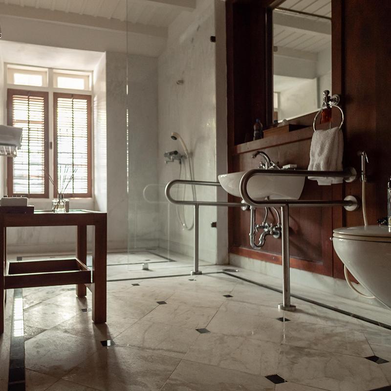 Inviting Comfort & Elegance